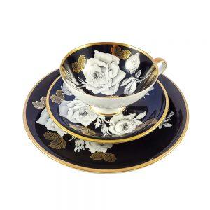 Bavaria trio fincan takımı Monochrome; pasta tabağı & çay fincanı ve tabağından oluşan üçlü porselen set. Altın işlemenin siyah-beyaz mutluluğu! Retrozade
