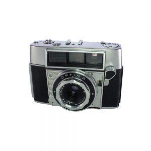 1959 - 1960 Almanya yapımı dünyadaki ilk tam otamatik 35mm kamera Agfa Optima Agfamatic fotoğraf makinesi. Color-Apotar S 39mm f/3.9 lens. 35mm film.