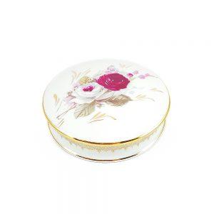 Kenarları altın işlemeli, üzeri çiçek desenli Limoges porselen kapaklı mücevher kutusu. Şekerlik olarak da kullanabilirsiniz. Retrozade - Vintage Antika