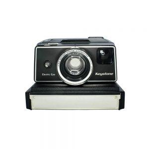 1970'ler Amerika üretimi Keystone Wizard XF 1000 vintage şipşak fotoğraf makinesi. SX-70 instant film ile çalışır. Retrozade - Vintage Retro Antika