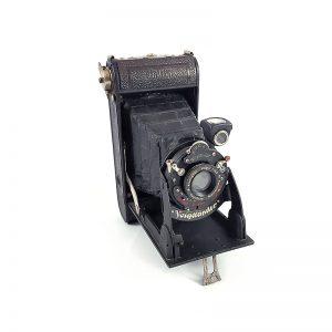 1930-35 Alman üretimi Voigtlander Bessa 6x9 körüklü fotoğraf makinesi. Vario shutter 1/100 - Voigtar 6.3/120mm. Retrozade - Vintage Retro Antika