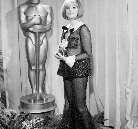 1969-academy-awards-barbra-streisand-lg