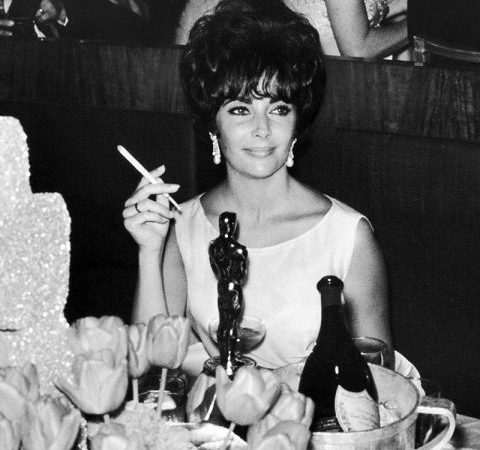 award-season-archive-1961-academy-awards-elizabeth-taylor-lg