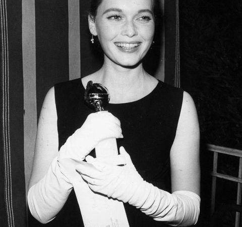 award-season-archive-1965-golden-globes-mia-farrow-lg