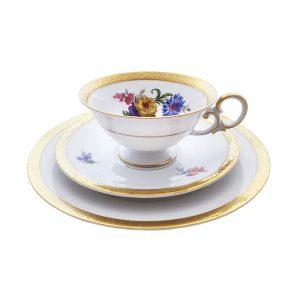 Bavaria trio fincan takımı Cordoba; pasta tabağı & çay fincanı ve tabağından oluşan üçlü porselen set. Floral deseniyle çok şık! Retrozade - Vintage