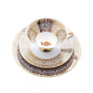 Bavaria trio fincan takımı Anna; pasta tabağı & çay fincanı ve tabağından oluşan porselen set. Altın kenarları ve retro çiçekleriyle çok vintage! Retrozade