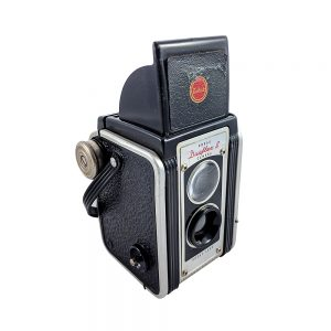 Kodak Duaflex II 1950'lerden USA üretimi, orta format fotoğraf makinesi. 620 roll film kullanır. Retrozade - Vintage • Retro • Antika ne ararsan burada!