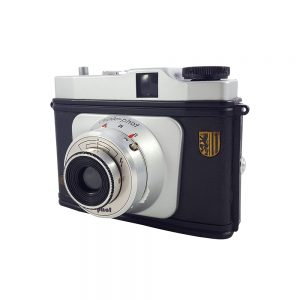 Certo Phot 1958 Almanya üretimi, 6X6 orta format fotoğraf makinesi. 120 roll film kullanır. Retrozade - Vintage • Retro • Antika ne ararsan burada!