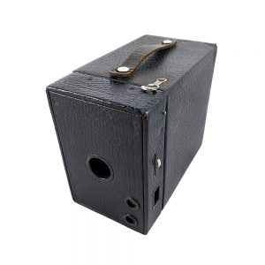 Kodak Brownie no2A Model B 1910-1931 yıllarında Amerika üretimi box fotoğraf makinesi! 6.5x10.5 format, 116 roll film kullanır! Retrozade - Vintage • Antika