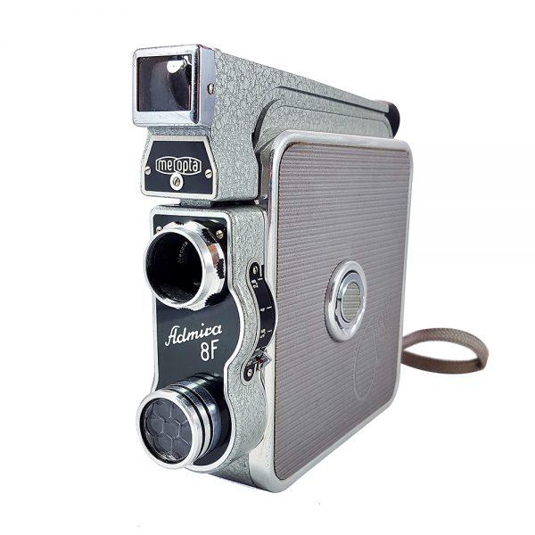 Meopta Admira 8f 8mm sine kamera, 1950'lerden Çekoslovakya yapımı, vintage gri, orijinal deri çantası ve kitapçığıyla! Retrozade Vintage • Retro • Antika