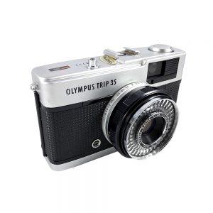 Olympus Trip 35 fotoğraf makinesi, 1970'lerden Japon yapımı, Zuiko 40mm f/2.8 Lens ile dönemin en çok tercih edilen 35mm'si! ✨Retrozade✨ Vintage • Retro