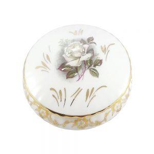 Limoges porselen retro mücevher kutusu; kenarları altın işlemeli, beyaz gül sevenlere.. Şekerlik olarak da kullanabilirsiniz!✨Retrozade✨Vintage•Retro•Antika